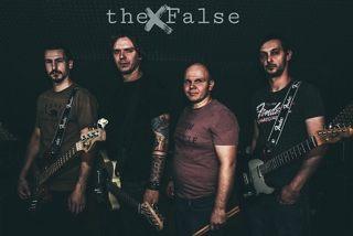 The False zenekar