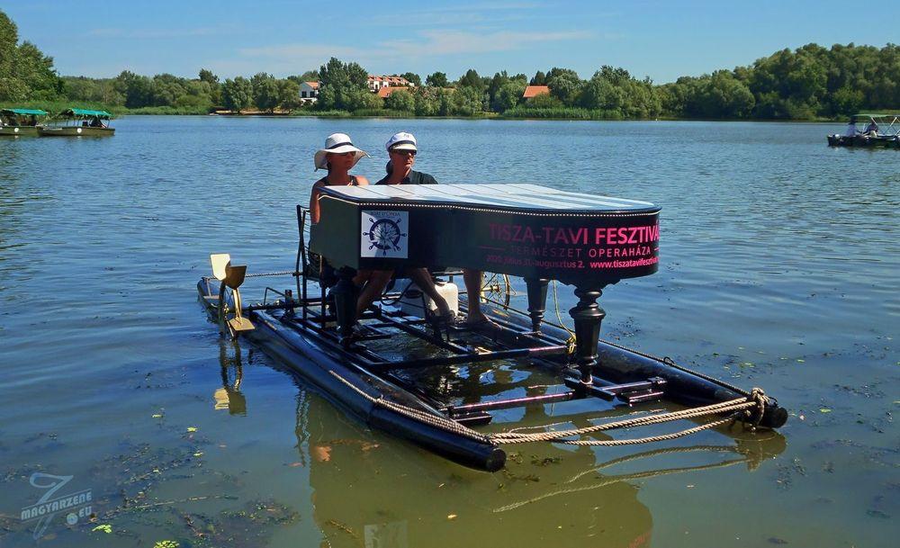 BOAT D'OPERA - csónakos túra