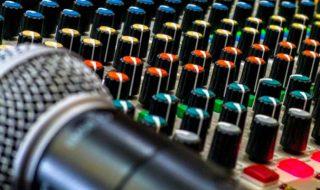 zeneipar