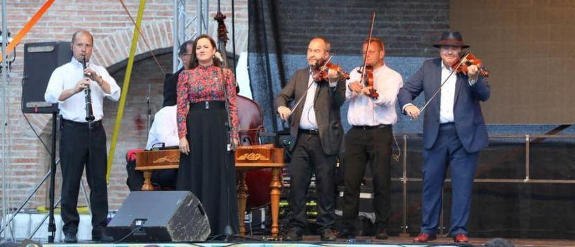 Szalonna és bandája Isar Szentendre